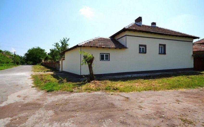 GREAT BULGARIAN PROPERTY – NEARBY OVCHA MOGILA