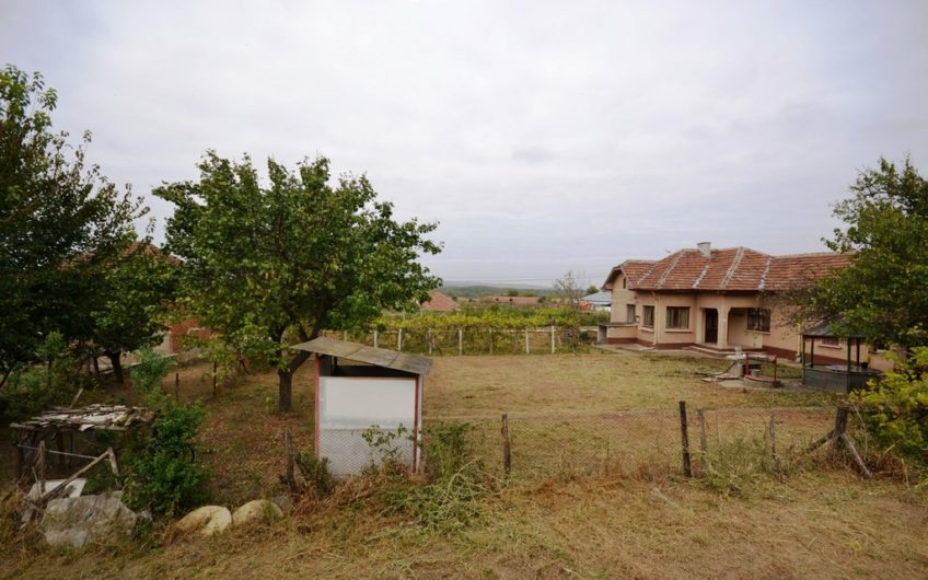 STUNNING RURAL HOUSE IN GREAT VILLAGE – NEAR TWO BIG RIVERS