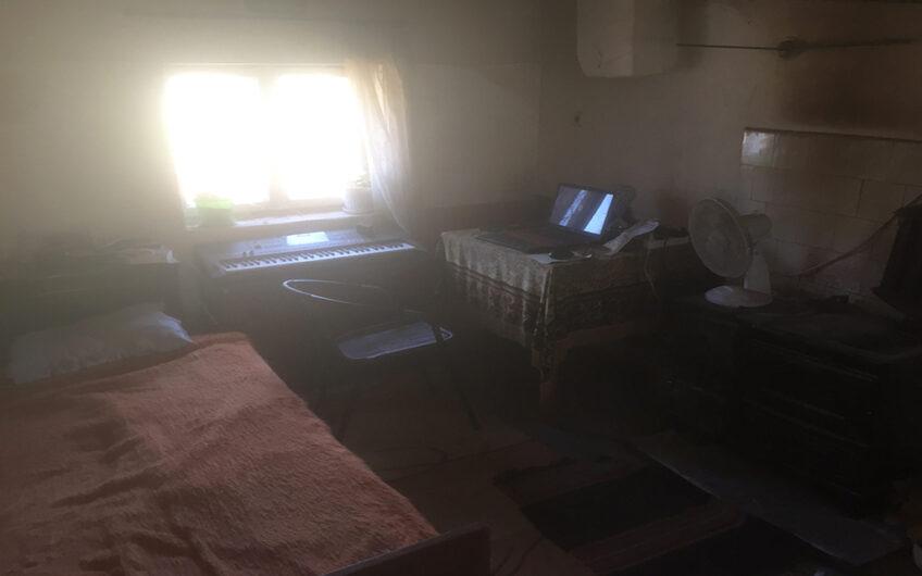 MASSIVE 2-STOREY HOUSE!! BIG PLOT OF LAND!!