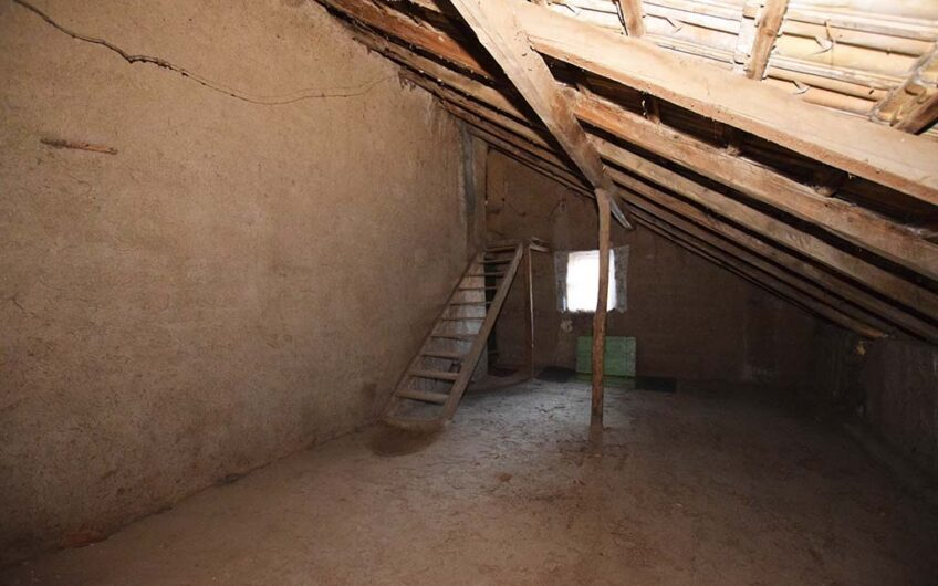 STUNNING SPACIOUS PROPERTY!! TOP LOCATION!!
